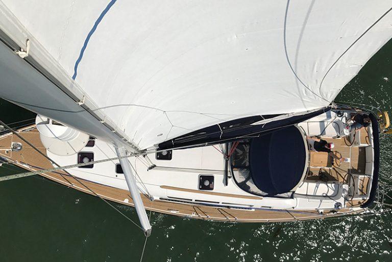 Sail boat charter